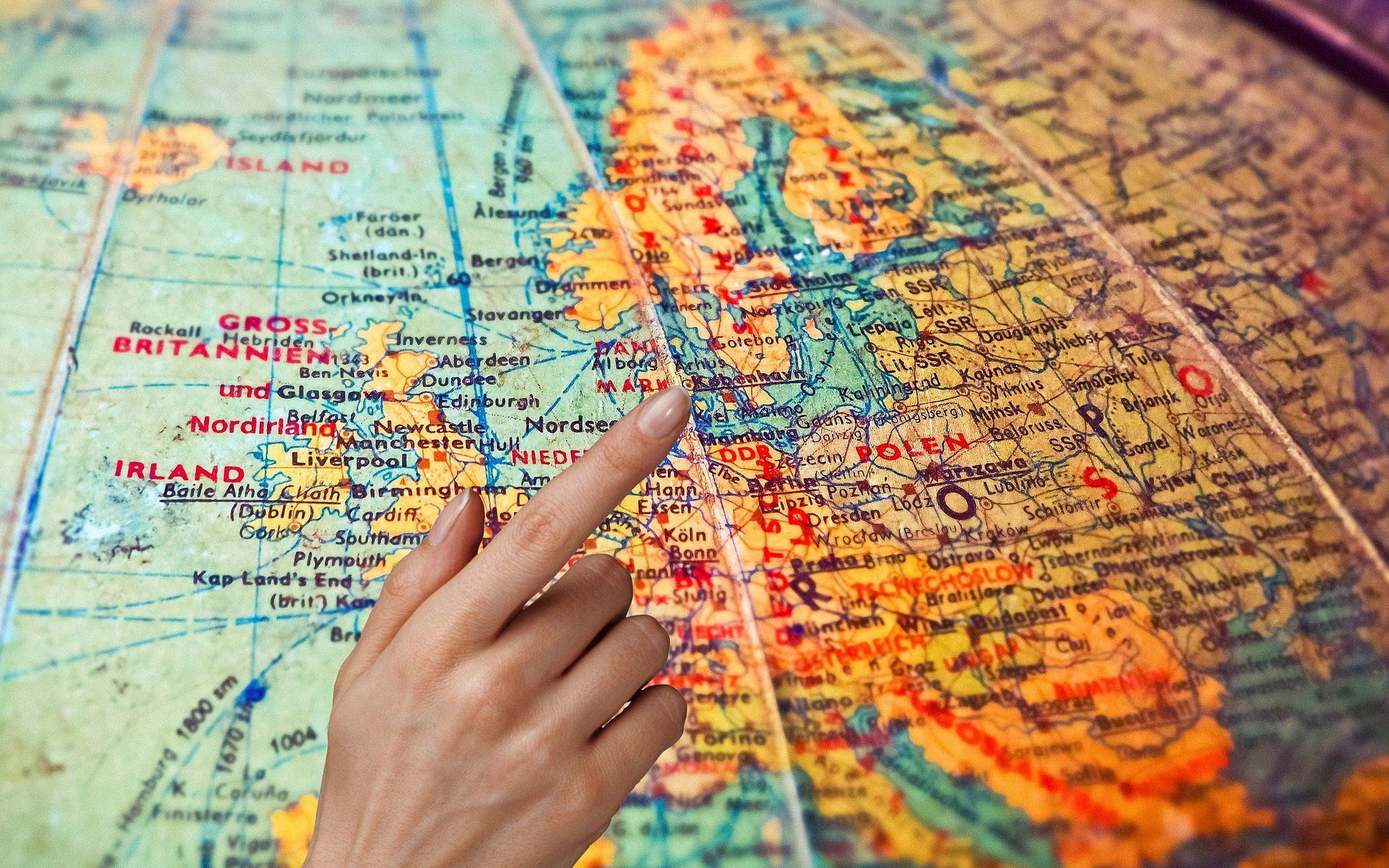 איפה לטייל בחו''ל?