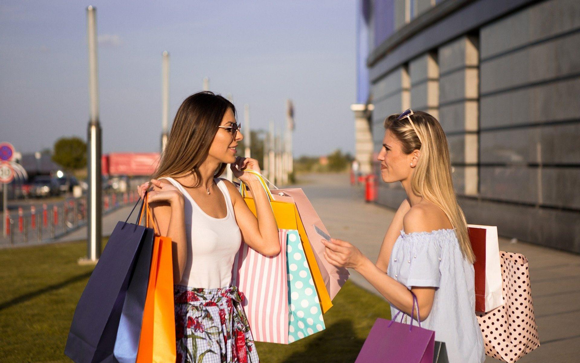 5 חנויות שכל פאשניסטה חייבת להכיר