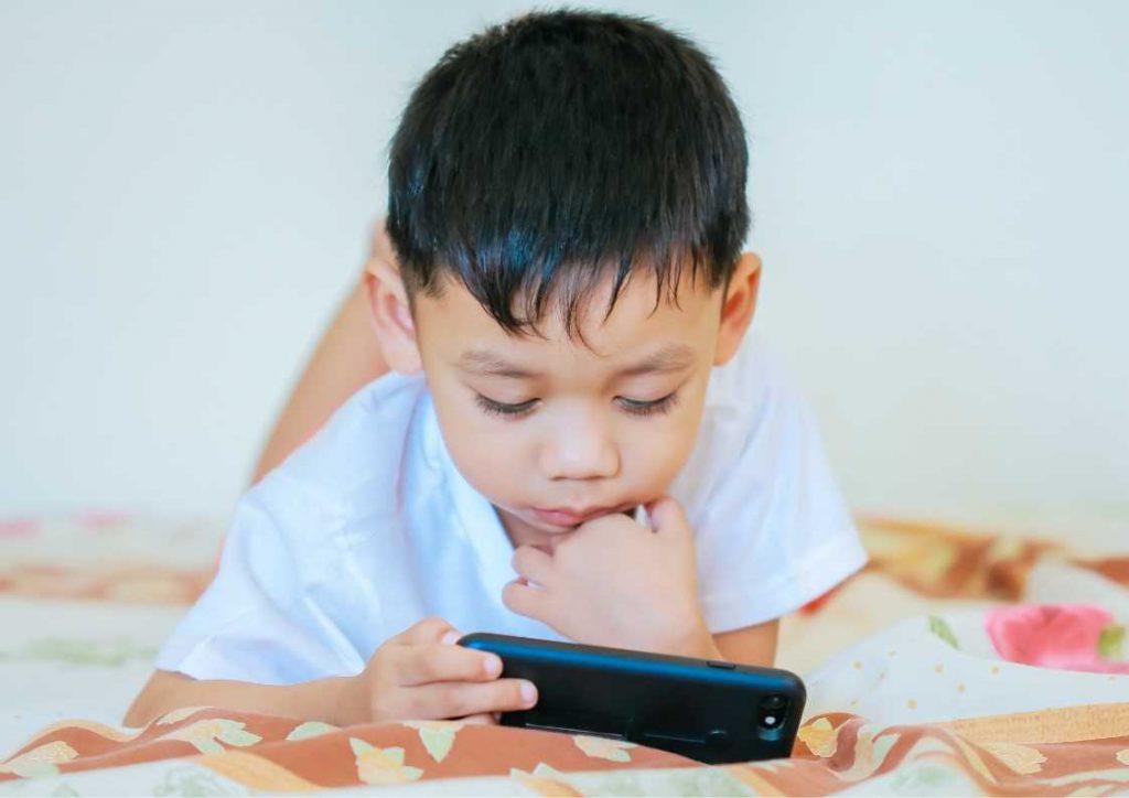 מחפשים טלפון לילדים? באתר רונלייט יש כמה אופציות מצוינות
